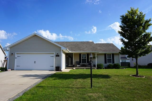 602 Wingstem Drive, ST. JOSEPH, IL 61873 (MLS #09704302) :: Littlefield Group