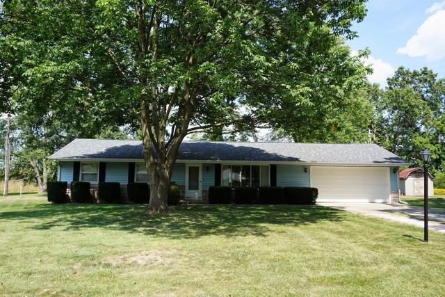 710 Woodland Drive W, ST. JOSEPH, IL 61873 (MLS #09706306) :: Littlefield Group