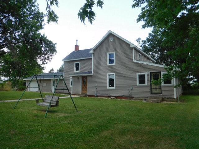 1110N Co Road 560E Road, Tuscola, IL 61953 (MLS #09712272) :: Littlefield Group