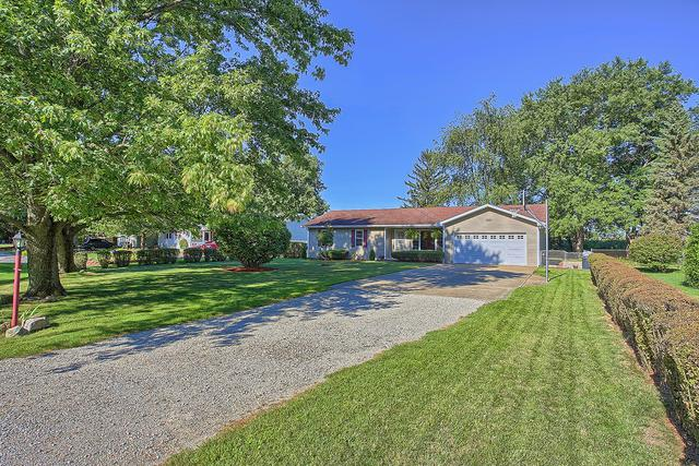 1695 Willowdale Drive, ST. JOSEPH, IL 61873 (MLS #09713868) :: Littlefield Group