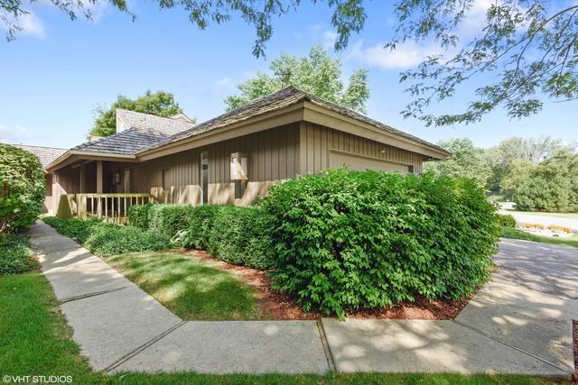 821 Dormy Lane, Barrington Hills, IL 60010 (MLS #09715809) :: The Jacobs Group