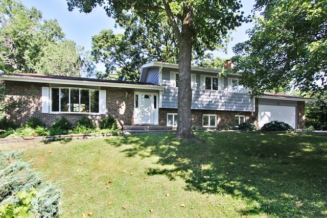 34 Londonderry Lane, Lincolnshire, IL 60069 (MLS #09716678) :: The Schwabe Group