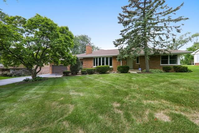 6930 Golfview Drive, Countryside, IL 60525 (MLS #09717081) :: Key Realty