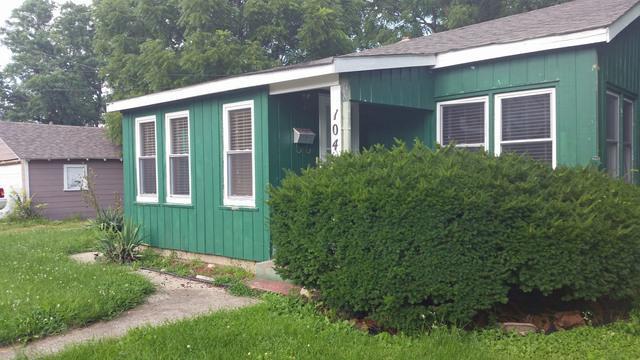 104 N Poplar Street, Urbana, IL 61802 (MLS #09719804) :: Littlefield Group