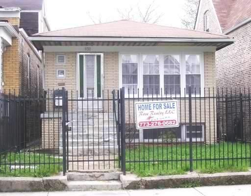 932 N Saint Louis Avenue, Chicago, IL 60651 (MLS #09722383) :: The Perotti Group