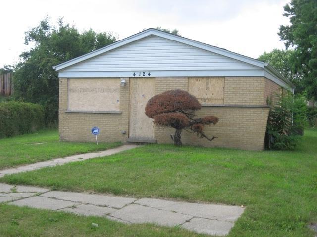 4124 W 136th Place, Robbins, IL 60472 (MLS #09722808) :: Littlefield Group