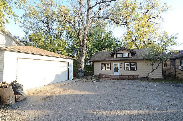 349 W Palatine Road, Palatine, IL 60067 (MLS #09723507) :: The Schwabe Group
