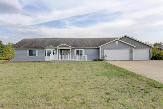 1580 Cr 200 N, TOLONO, IL 61880 (MLS #09723607) :: Littlefield Group