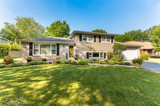 330 Everett Avenue, Crystal Lake, IL 60014 (MLS #09725126) :: The Jacobs Group