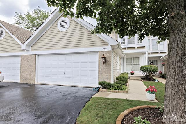 740 Regency Park Drive, Crystal Lake, IL 60014 (MLS #09725167) :: The Jacobs Group