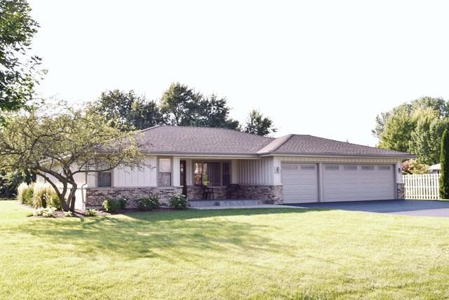 250 Thrasher Street, Bloomingdale, IL 60108 (MLS #09725188) :: Helen Oliveri Real Estate