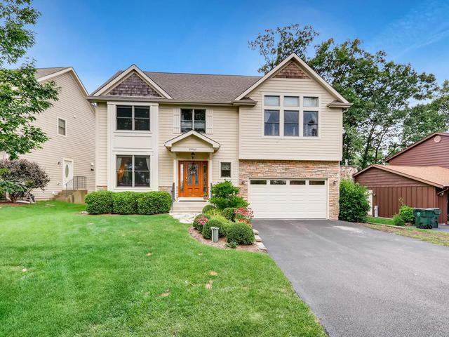 29960 Forest View Drive, Lake Bluff, IL 60044 (MLS #09725192) :: Helen Oliveri Real Estate