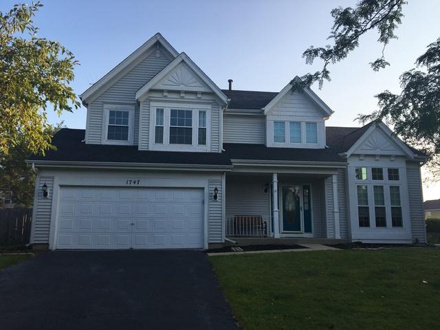 1747 Ashford Lane, Crystal Lake, IL 60014 (MLS #09726415) :: The Jacobs Group
