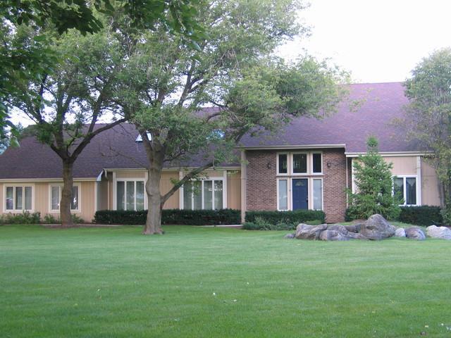 1499 Hanson Road, Algonquin, IL 60102 (MLS #09726824) :: Lewke Partners