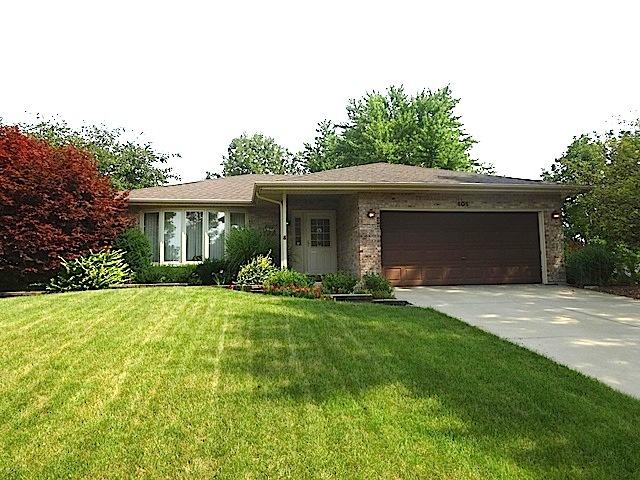 101 Yale Court, Shorewood, IL 60404 (MLS #09726913) :: Angie Faron with RE/MAX Ultimate Professionals