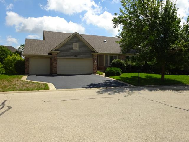 4 Long Cove Court, Lake In The Hills, IL 60156 (MLS #09726935) :: Lewke Partners