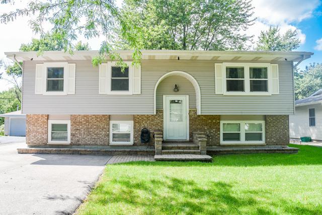 1719 Highview Avenue, Mchenry, IL 60050 (MLS #09726974) :: Lewke Partners