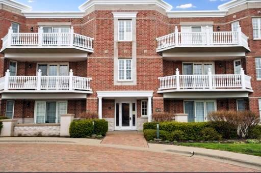 1875 Old Willow Road #122, Northfield, IL 60093 (MLS #09728424) :: Helen Oliveri Real Estate
