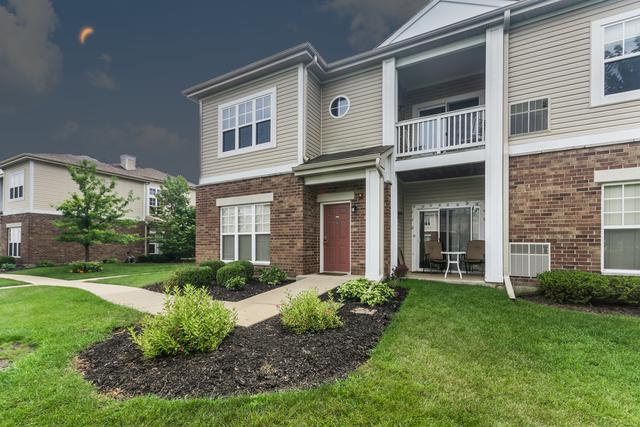 130 Clubhouse Lane #130, Oswego, IL 60543 (MLS #09729293) :: Angie Faron with RE/MAX Ultimate Professionals