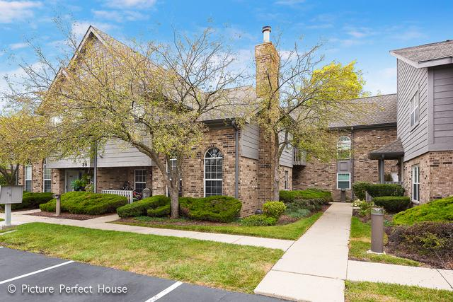 39 Foxcroft Road #107, Naperville, IL 60565 (MLS #09729977) :: Angie Faron with RE/MAX Ultimate Professionals