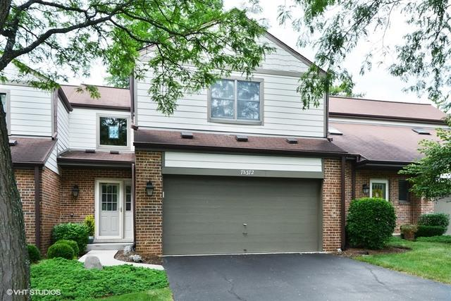 7S372 Augusta Lane, Naperville, IL 60540 (MLS #09730258) :: Angie Faron with RE/MAX Ultimate Professionals