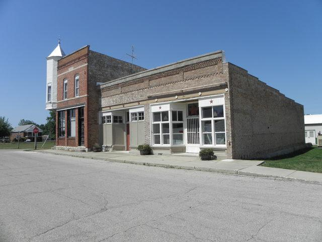 208 Division Street, Gardner, IL 60424 (MLS #09736301) :: The Jacobs Group