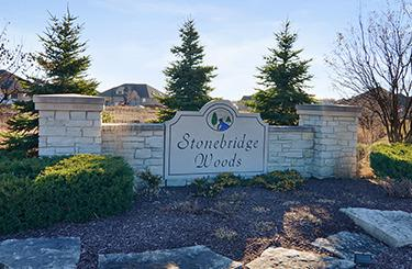 13826 Stonebridge Woods Crossing, Homer Glen, IL 60491 (MLS #09740378) :: Lewke Partners