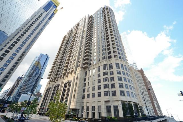 530 N Lake Shore Drive #805, Chicago, IL 60611 (MLS #09745129) :: Berkshire Hathaway Koenig Rubloff - Carroll Real Estate Group