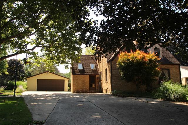 821 Willow Street, Belvidere, IL 61008 (MLS #09747537) :: Key Realty