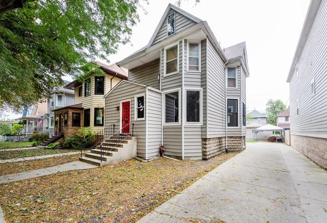 4035 N Hamlin Avenue, Chicago, IL 60618 (MLS #09747677) :: Domain Realty
