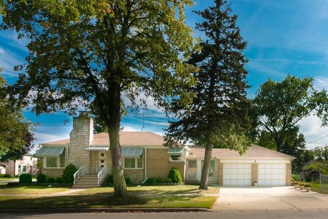 2300 S 4th Avenue, North Riverside, IL 60546 (MLS #09749894) :: Domain Realty