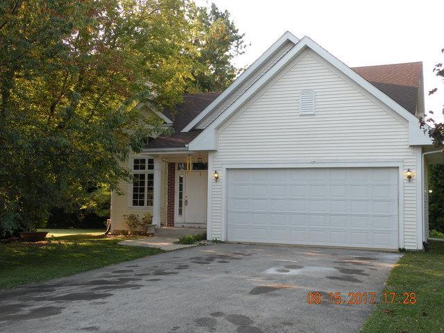 611 Candlewick Drive, Poplar Grove, IL 61065 (MLS #09752535) :: Key Realty