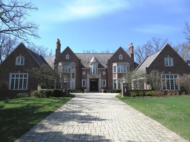 1985 Windridge Drive, Lake Forest, IL 60045 (MLS #09753914) :: Baz Realty Network | Keller Williams Preferred Realty