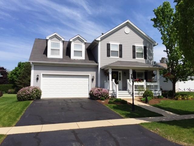 150 Center Street, Crystal Lake, IL 60014 (MLS #09754000) :: Key Realty