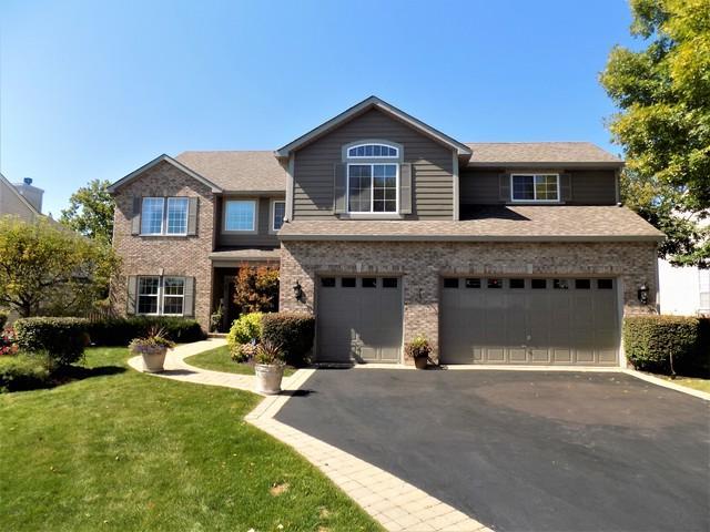 1100 Westfield Way, Mundelein, IL 60060 (MLS #09754714) :: Helen Oliveri Real Estate