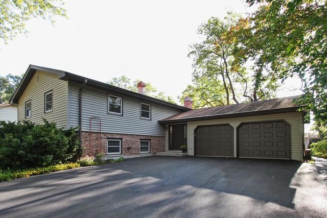 933 Highland Road, Mundelein, IL 60060 (MLS #09755271) :: Helen Oliveri Real Estate