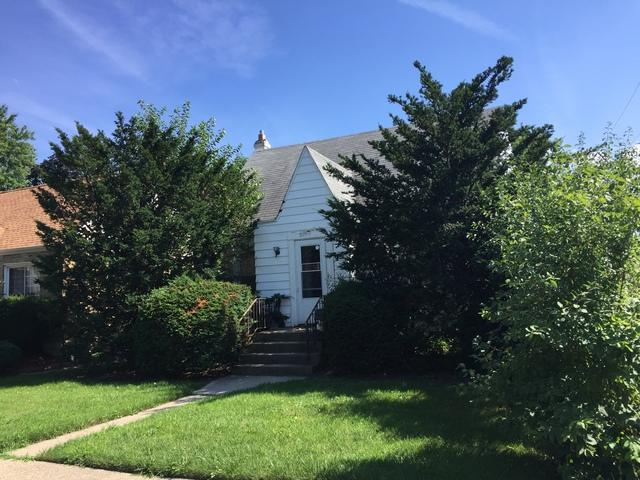 6909 Church Street, Morton Grove, IL 60053 (MLS #09756138) :: Helen Oliveri Real Estate