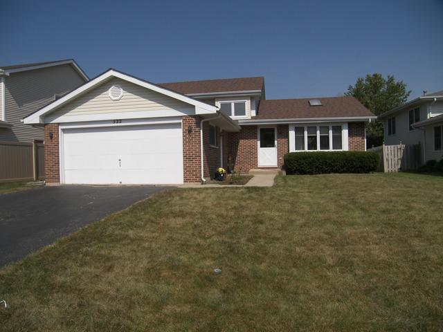 522 Quigley Street, Mundelein, IL 60060 (MLS #09756360) :: Helen Oliveri Real Estate