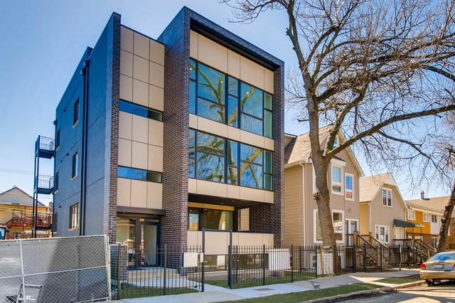 2903 W Lyndale Street #1, Chicago, IL 60647 (MLS #09756482) :: Property Consultants Realty
