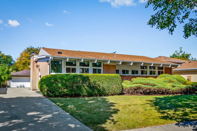 9038 Major Avenue, Morton Grove, IL 60053 (MLS #09756648) :: Helen Oliveri Real Estate