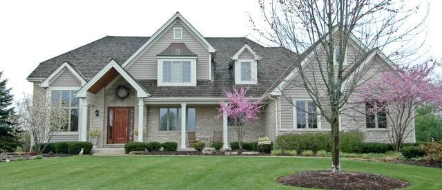 5 Anne Court, Hawthorn Woods, IL 60047 (MLS #09757355) :: Helen Oliveri Real Estate