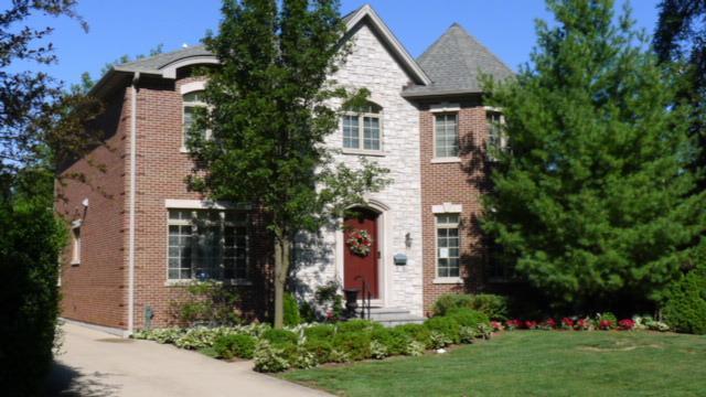 437 Sunset Drive, Wilmette, IL 60091 (MLS #09757359) :: Helen Oliveri Real Estate