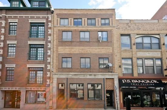 3347 N Clark Street 2E, Chicago, IL 60657 (MLS #09757953) :: Property Consultants Realty
