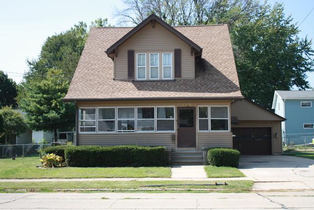 515 N Dement Avenue, Dixon, IL 61021 (MLS #09758032) :: Property Consultants Realty