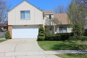 126 Lilac Lane, Buffalo Grove, IL 60089 (MLS #09758136) :: Helen Oliveri Real Estate