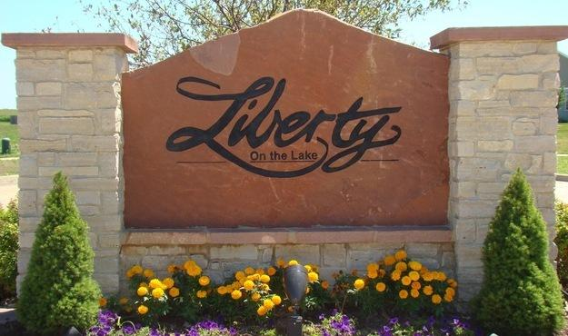 206 Capitol Street, Savoy, IL 61874 (MLS #09758213) :: Littlefield Group
