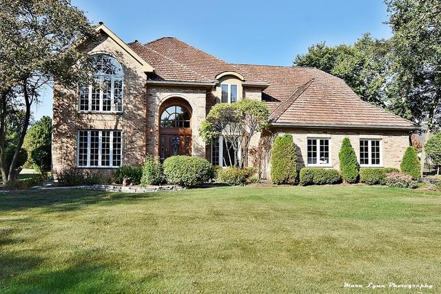 330 Persimmon Drive, St. Charles, IL 60174 (MLS #09758314) :: The Wexler Group at Keller Williams Preferred Realty