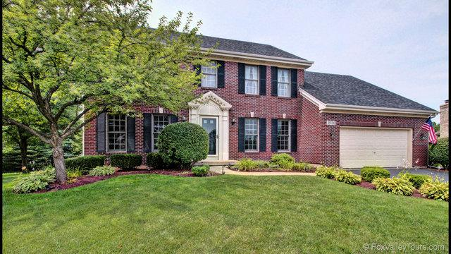 26W160 Waterbury Court, Wheaton, IL 60187 (MLS #09758450) :: The Wexler Group at Keller Williams Preferred Realty