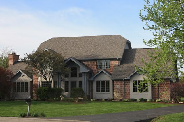 4N772 W Woods Court, St. Charles, IL 60175 (MLS #09758559) :: The Wexler Group at Keller Williams Preferred Realty