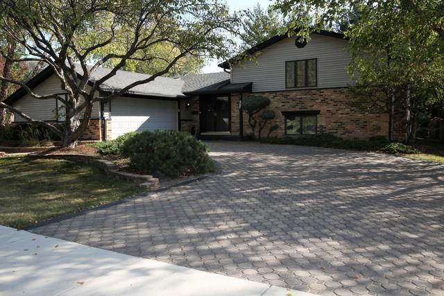 2803 N Brighton Place, Arlington Heights, IL 60004 (MLS #09759022) :: Helen Oliveri Real Estate